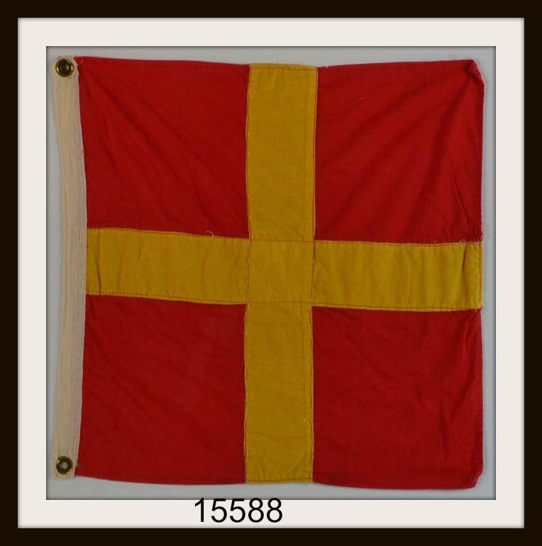 "OLD NAUTICAL SIGNAL FLAG ""R"" IMAGE"