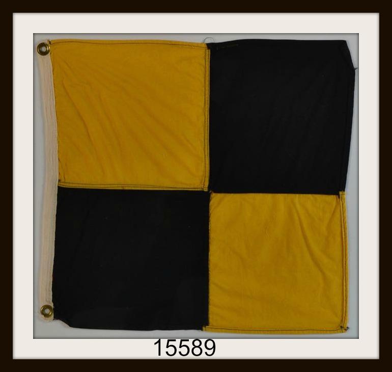 "OLD NAUTICAL SIGNAL FLAG ""L"" IMAGE"